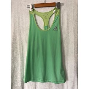 ✨ 3 for $10 ✨ Reebok Racer Back Tank